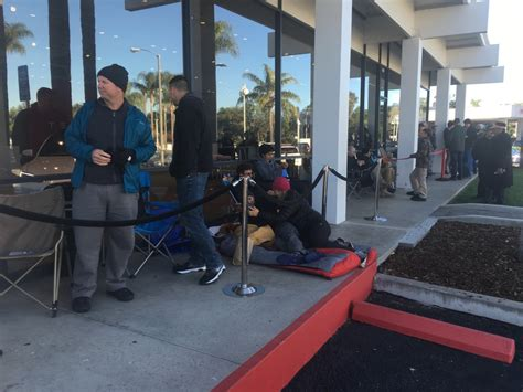 Santa Barbara Tesla Image Buyers Waiting To Reserve Model 3 Electric Car