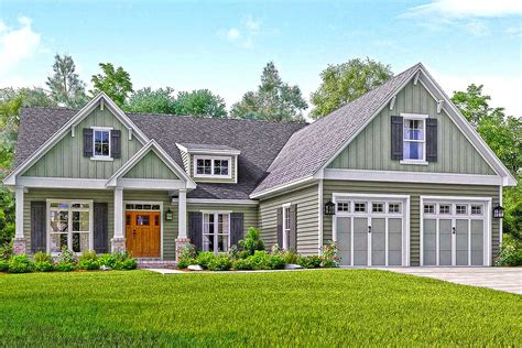 craftsman style homes floor plans well appointed craftsman house plan 51738hz architectural designs house plans