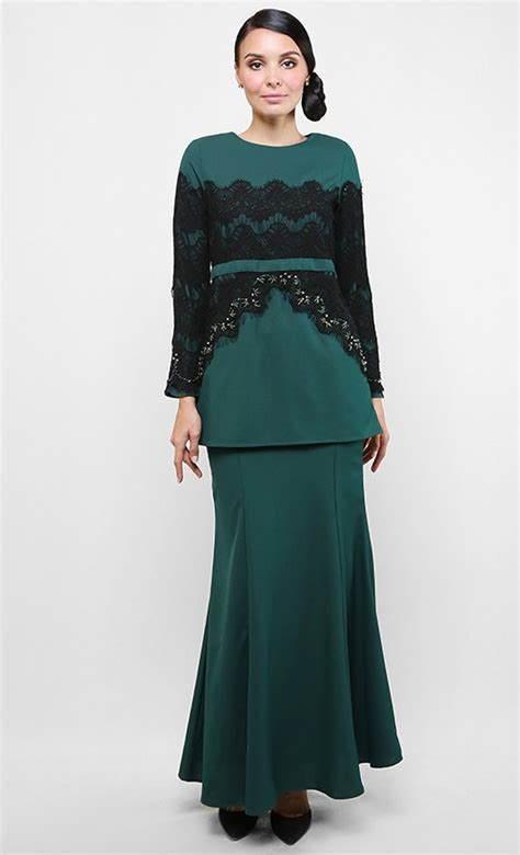 Green Lace Baju Kurung baju kurung modern patch lace in green fashionvalet