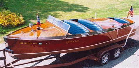 antique mahogany boats coolness chris craft wooden boats boat chris craft boats