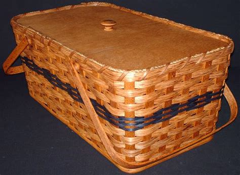 Handmade Picnic Basket - amish handmade large picnic basket with pie divider tray