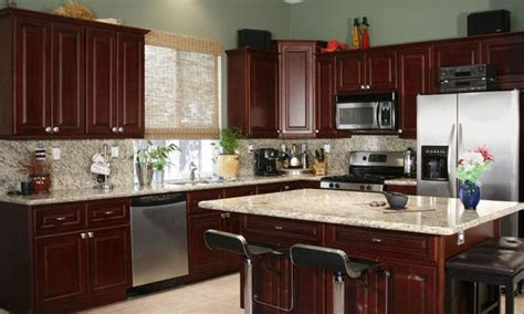 kitchen colors with cherry cabinets cherry kitchen cabinets