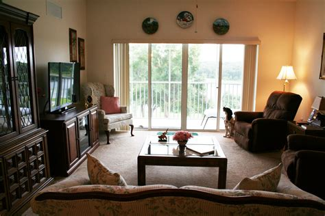 one bedroom apartments with den a ccrc life care retirement community lakeview terrace