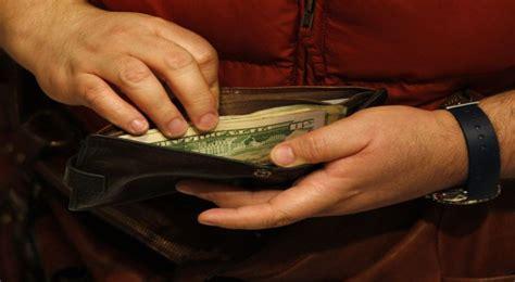 Dompet Isi 5 trik hemat selain hati mata dan telinga jaga isi dompet anda di bulan puasa okezone ekonomi