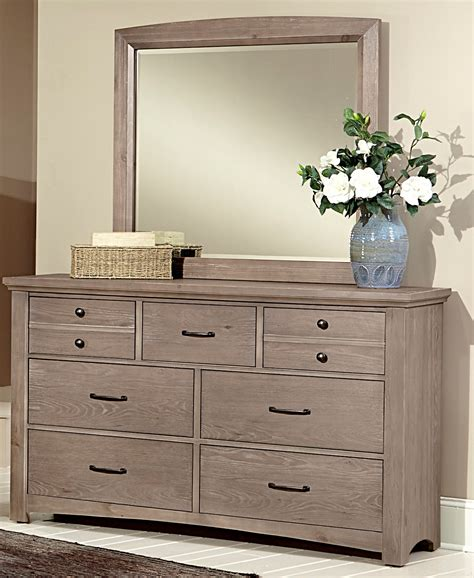 vaughan bassett bedroom furniture reviews bassett bedroom furniture reviews arrendelle panel