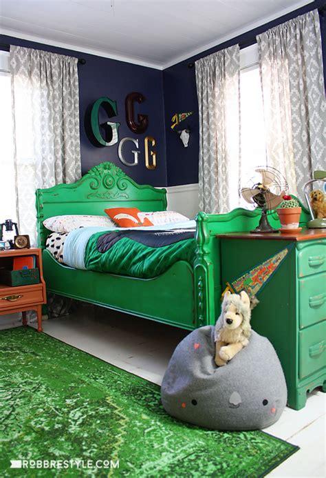 vintage camping boys bedroom retreat