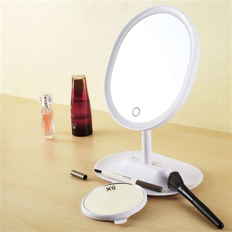 where can i find a lighted makeup mirror best 25 lighted makeup mirror ideas on mirror