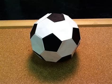 Origami Soccer Easy - 1000 images about origamie on origami paper