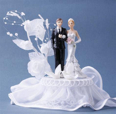 Tortendekoration Hochzeit by Tortendekoration Hochzeit Tortenfigur Brautpaar Mit Tauben
