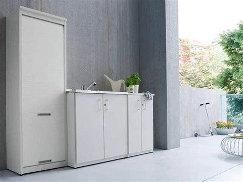 armadietti da esterno in resina armadio in resina armadi di servizio caratteristiche