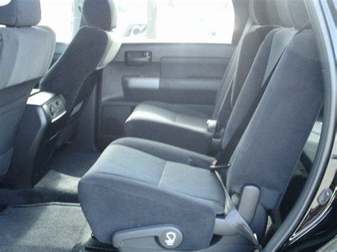 2016 toyota sequoia captains chairs second row captain s chairs hton has it 2014 toyota