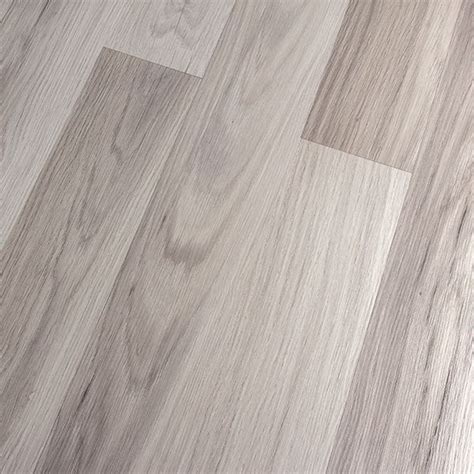 Light Wood Laminate Flooring 25 Best Ideas About Light Oak On Pinterest Light Oak Cabinets Light Hardwood Floors And