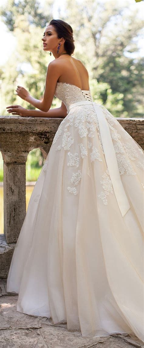 White Wedding Dresses Uk by 25 Best Ideas About Corset Wedding Dresses On