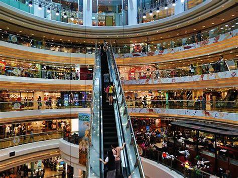 new year hong kong shops open 7 reasons why hong kong should be on your travel
