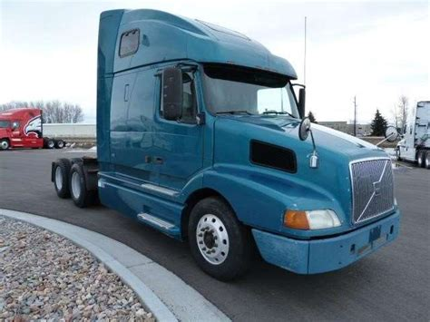 volvo semi truck sleeper 2001 volvo vnl64t660 sleeper semi truck for sale idaho