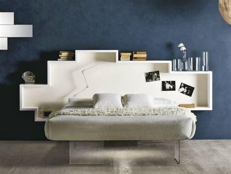 bett regal kopfteil sch 246 ne betten f 252 rs moderne schlafzimmer 25 designs