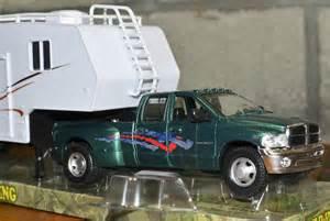 Wheels Truck And Trailer Rv Collectible Dodge Ram 3500 Hemi Truck 5th Wheel