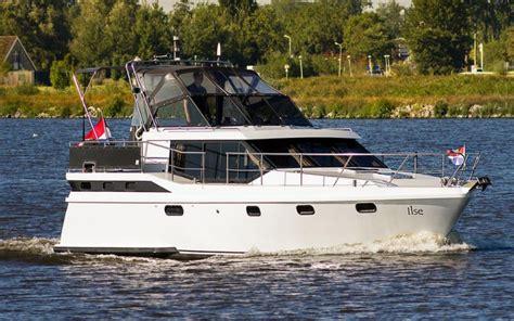 motor jacht motorjacht huren keuze uit ruim 1200 schitterende
