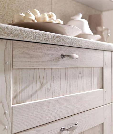 cucine rustiche in legno cucine bianche country chic in muratura cucine in legno