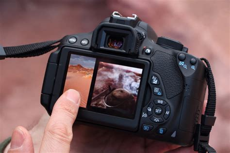 Kamera Dslr Canon Touchscreen pilih kamera dslr canon 700d atau nikon d5300