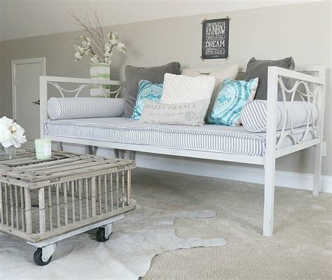 shabby chic daybeds shabby chic daybed 28 images all white with textural