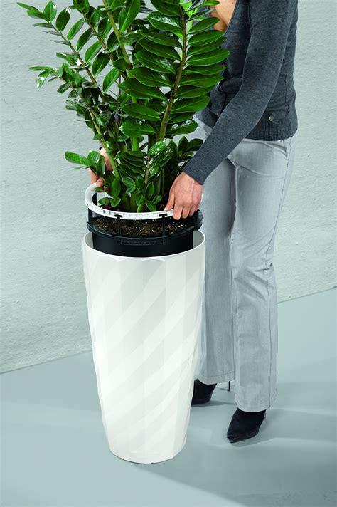 lechuza diamante  watering planter metropolitan