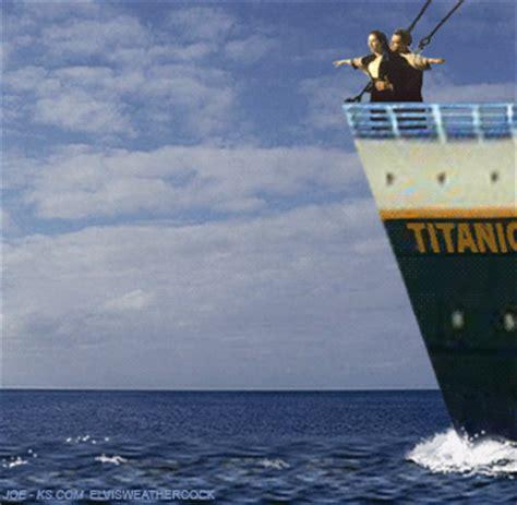 barco hundiendose animado titanic animated gifs gifmania