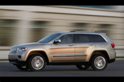 2011 jeep grand cherokee review ratings specs prices and 2011 jeep grand cherokee reviews specs and prices cars com