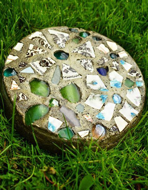 how to make cake pan garden stepping stones diy crafts