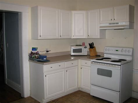 inexpensive white kitchen cabinets remodelaholic kitchen remodel on the cheap
