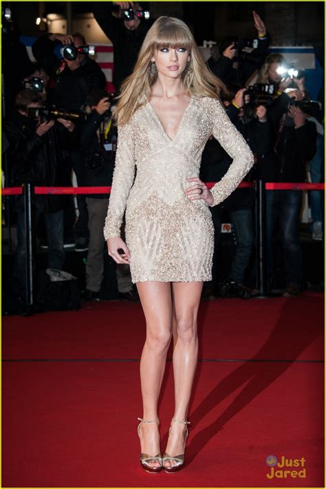 taylor swift sexiest outfit daydream stars taylor swift nrj music awards 2013