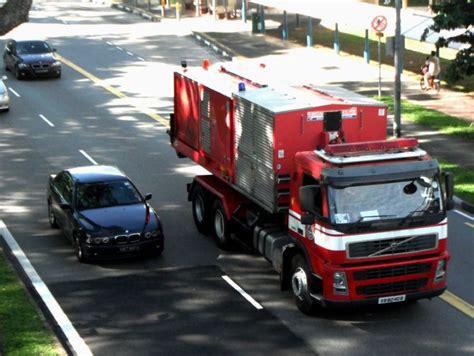volvo trucks singapore truck photos volvo fm12 hook lift truck singapore civil