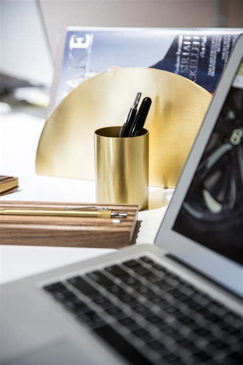 stylish gift ideas for your office desk he spoke style