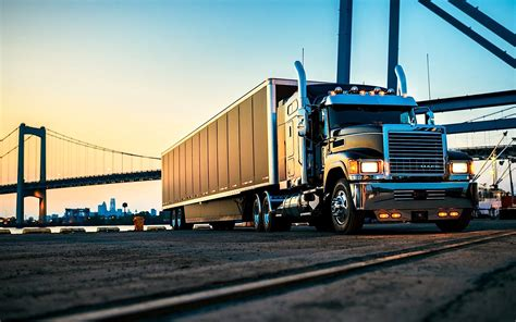 mack trucks ooida members who buy mack trucks get 2 000 loyalty