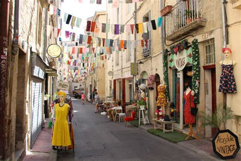 Card Ideas by Stays Booking Montpellier Tourist Office Montpellier