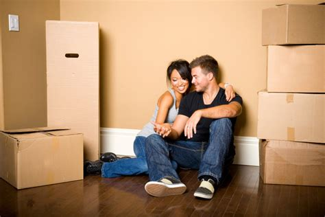 5 mistakes people make when living together before they financial mistakes couples make when they move in together