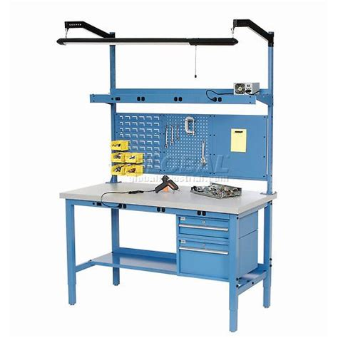 Garage Workbench Height by 25 Best Ideas About Workbench Height On Wood