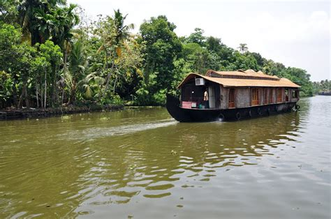 boat house in india kumarakom boat house 28 images 5 different kumarakom houseboats kumarakom hotels