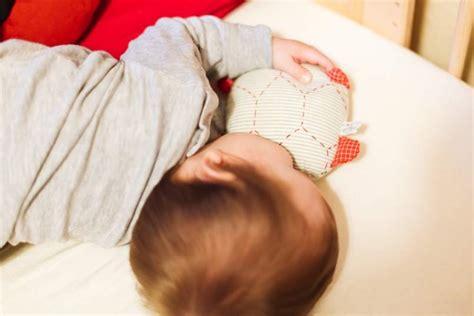 baby kommt nicht in den schlaf unser einschlafritual oder wie das baby in den schlaf findet