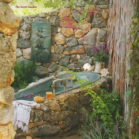 Backyard Bathtub by 153 Best Images About Outdoor And Garden Showers And Bathrooms On Gardens Outdoor