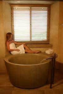 Designer Grab Bars For Bathrooms die japanische ofuro badewanne aus holz kann heilen