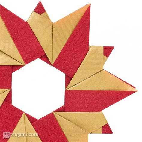 How To Make A Origami Wreath - origami wreath by sinayskaya go origami