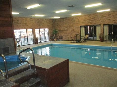 comfort inn kci quality inn suites kansas city airport north updated