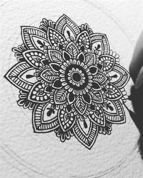 mandala pattern sketch 36 best mandalas images on pinterest pointillism tattoo