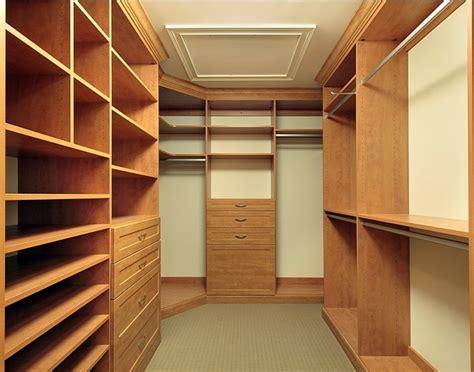 armadi e cabine armadio cabine armadio e armadi su misura