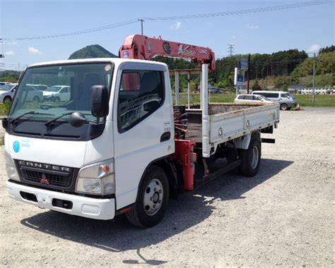 truck mitsubishi canter mitsubishi canter crane truck 2007 used for sale