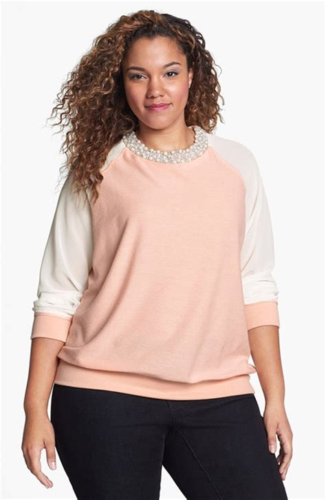 five fab tops to wear untucked with pencil skirts ylf