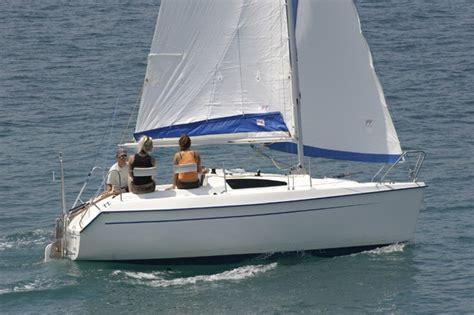 piccoli cabinati a vela prezzi barche nuove velablog mistro