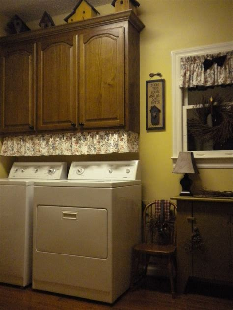 country laundry room decor primitive country laundry 1000 images about laundry is loads of fun on