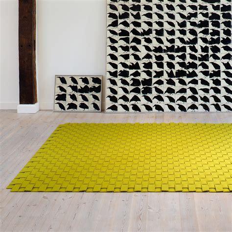 teppich aus filz teppich filz in vielen farben gr 246 223 en hey sign